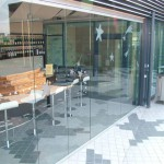 Klaasist ruumijagajad_terrassi klaassein