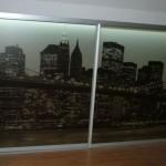 Klaasist liuguksed alumiiniumraamis