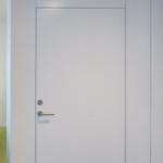 Värvitud siseuks (valge), avatavad karbikud
